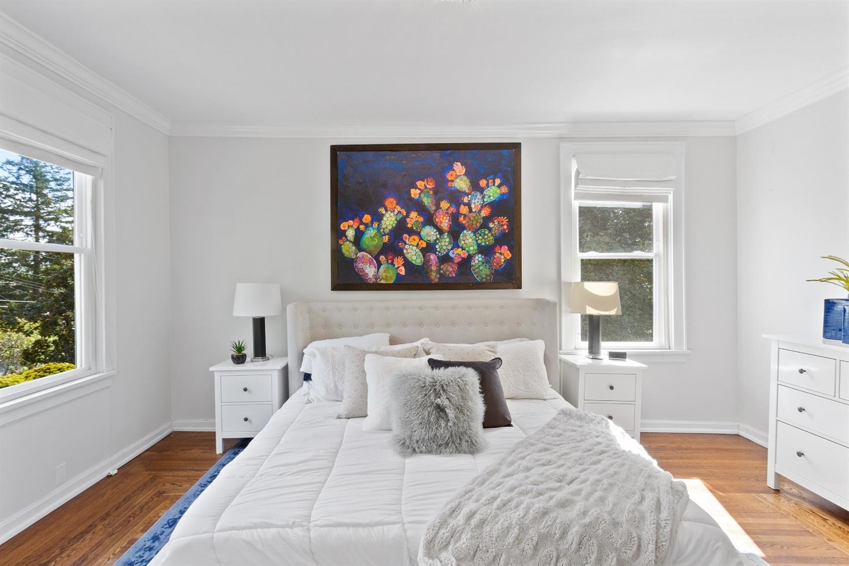 1211 Herschel Avenue Property Photo 25