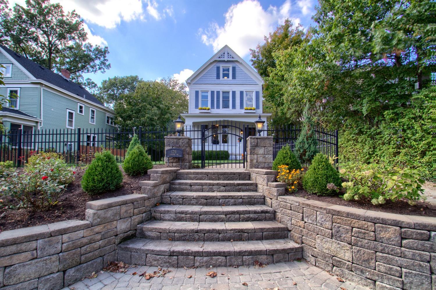 1211 Herschel Avenue Property Photo 39