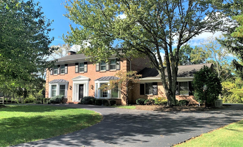 6966 Woodsedge Drive Property Photo