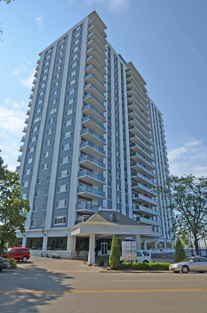 2200 Victory Parkway Property Photo
