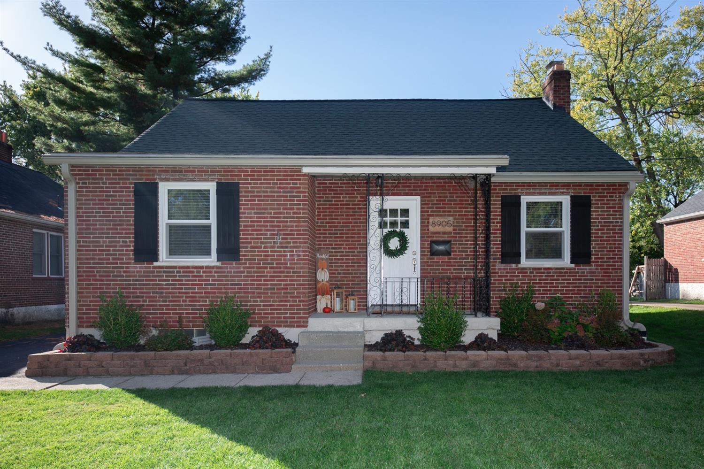 8905 Summit Avenue Property Photo