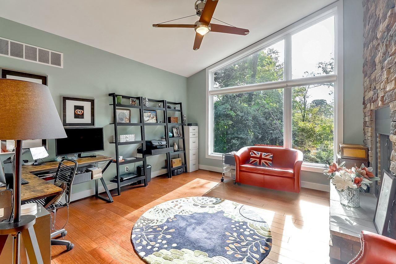 8675 Camargo Club Drive Property Photo 11
