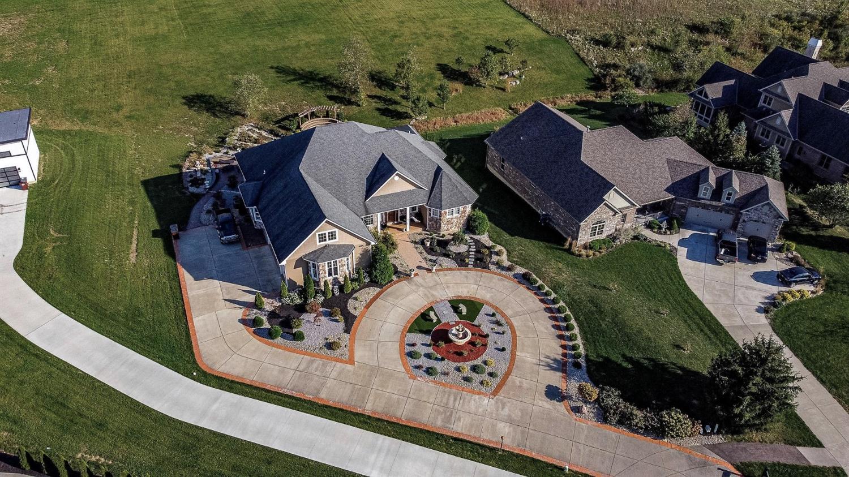 8896 Walnut Ridge Property Photo 1