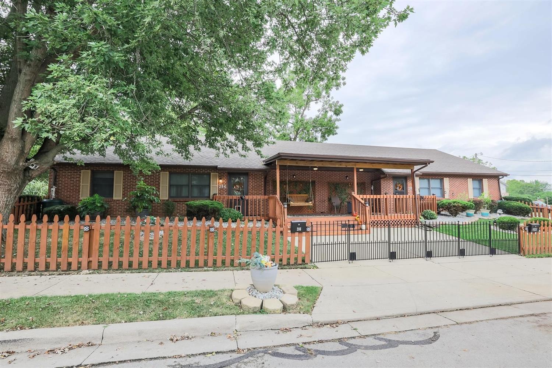 286 W Vine Street Property Photo