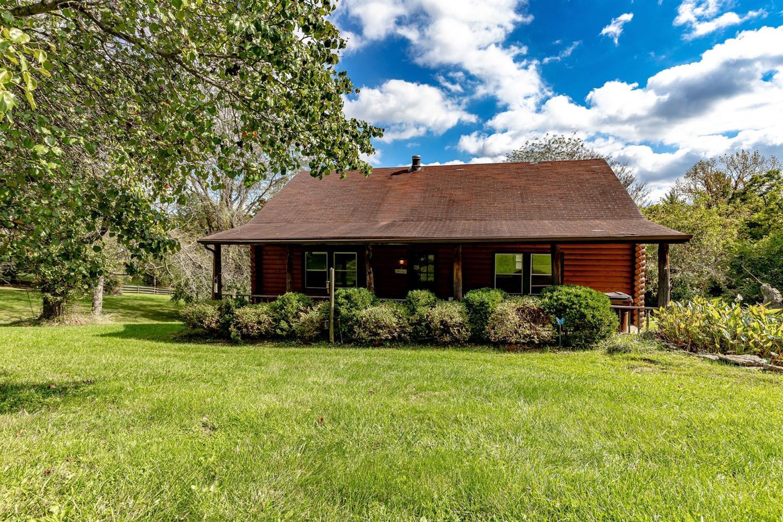 7535 Silver Creek Road Property Photo