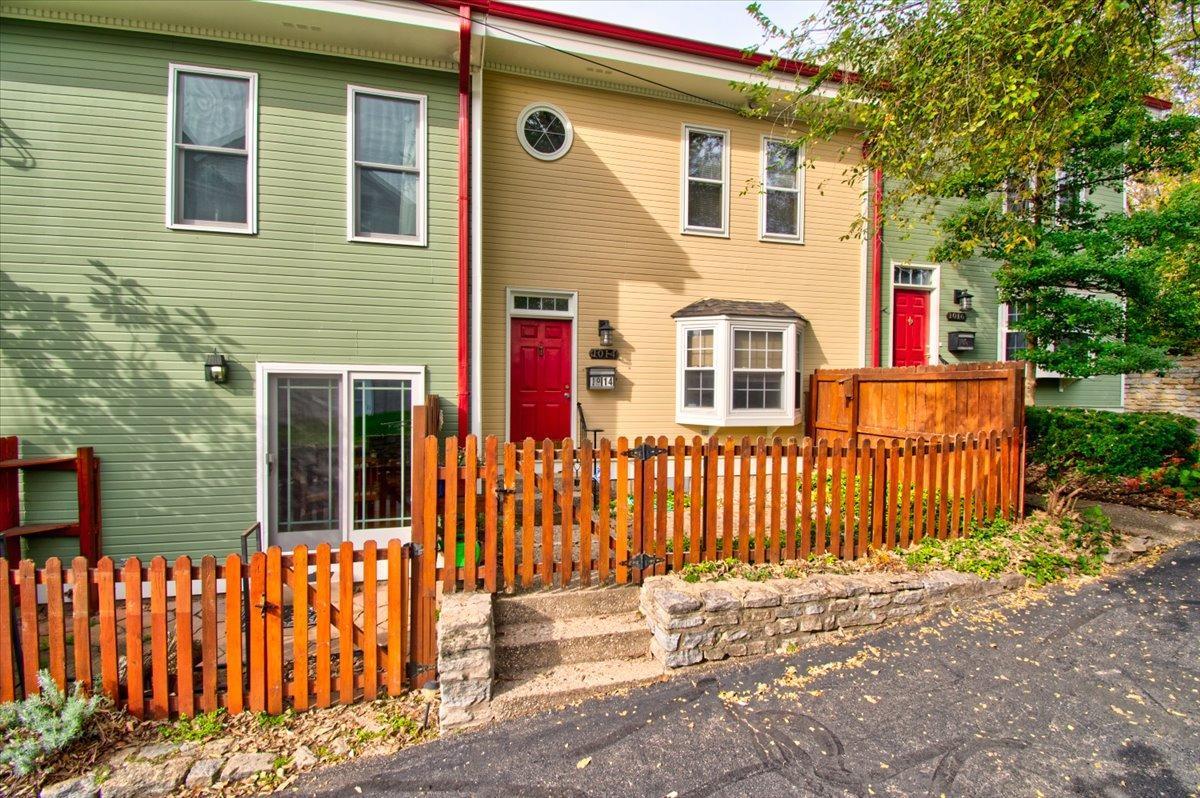 1014 Windsor Street Property Photo