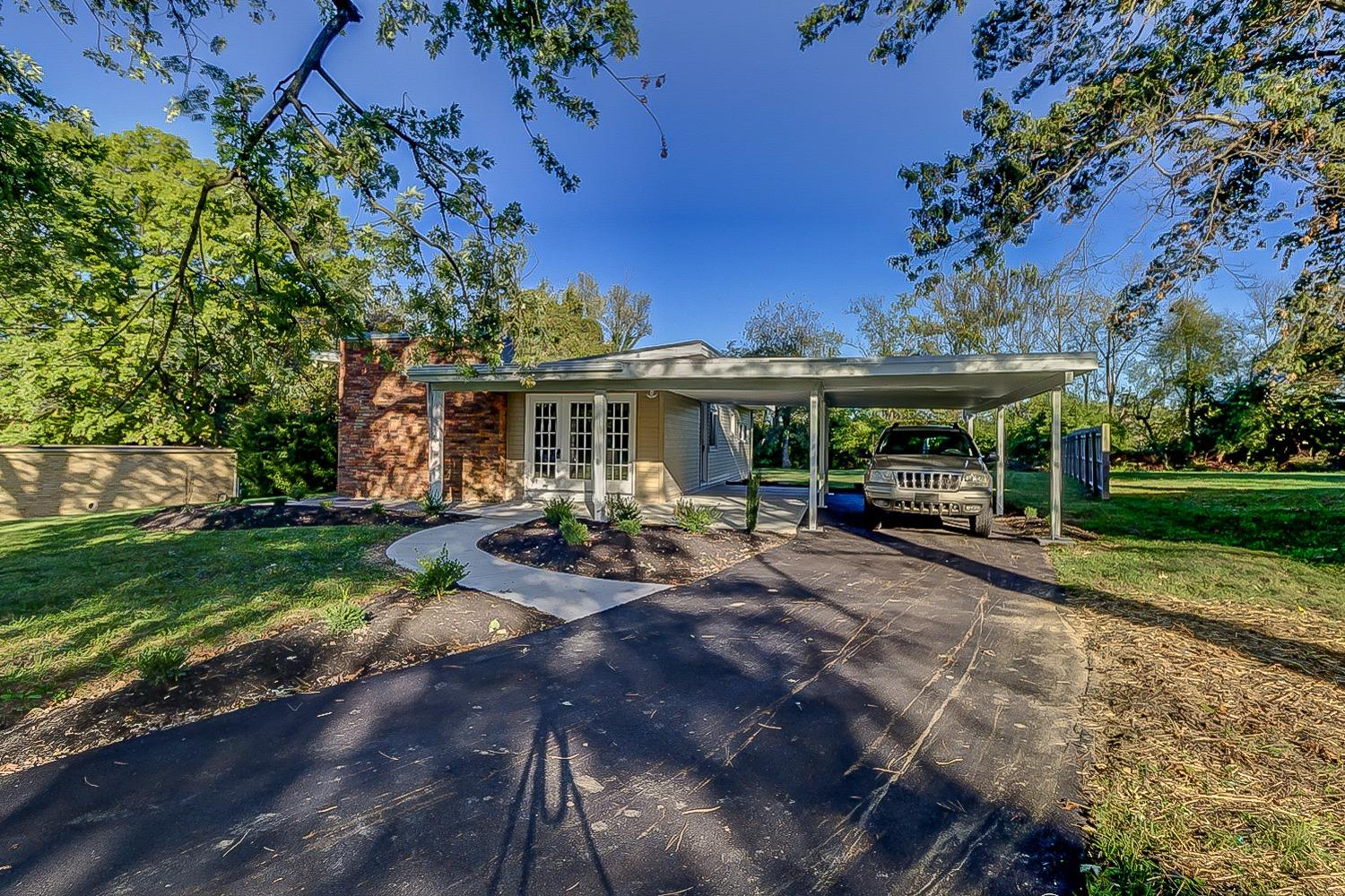 7694 View Place Drive Property Photo