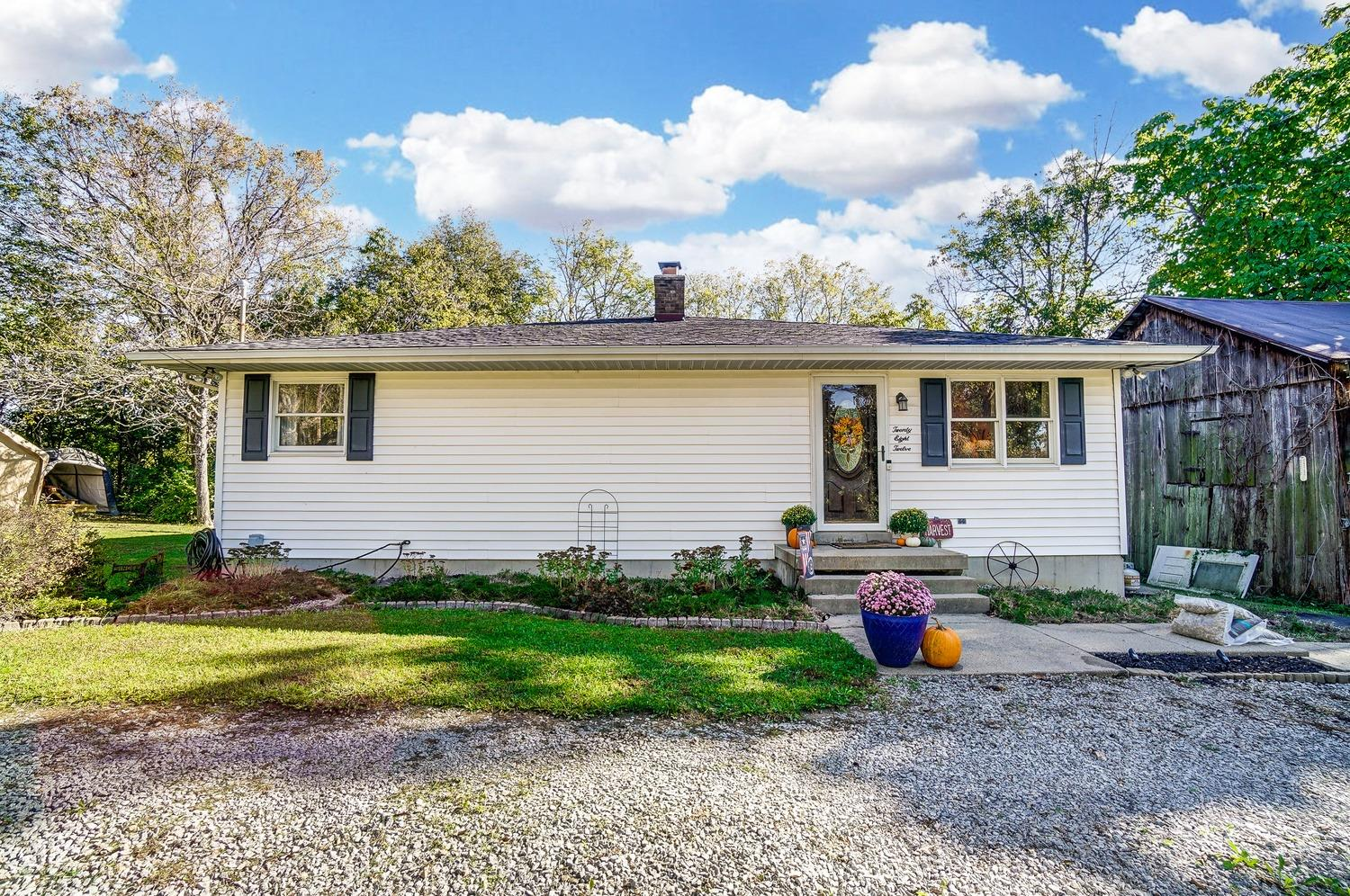 2812 Layhigh Road Property Photo
