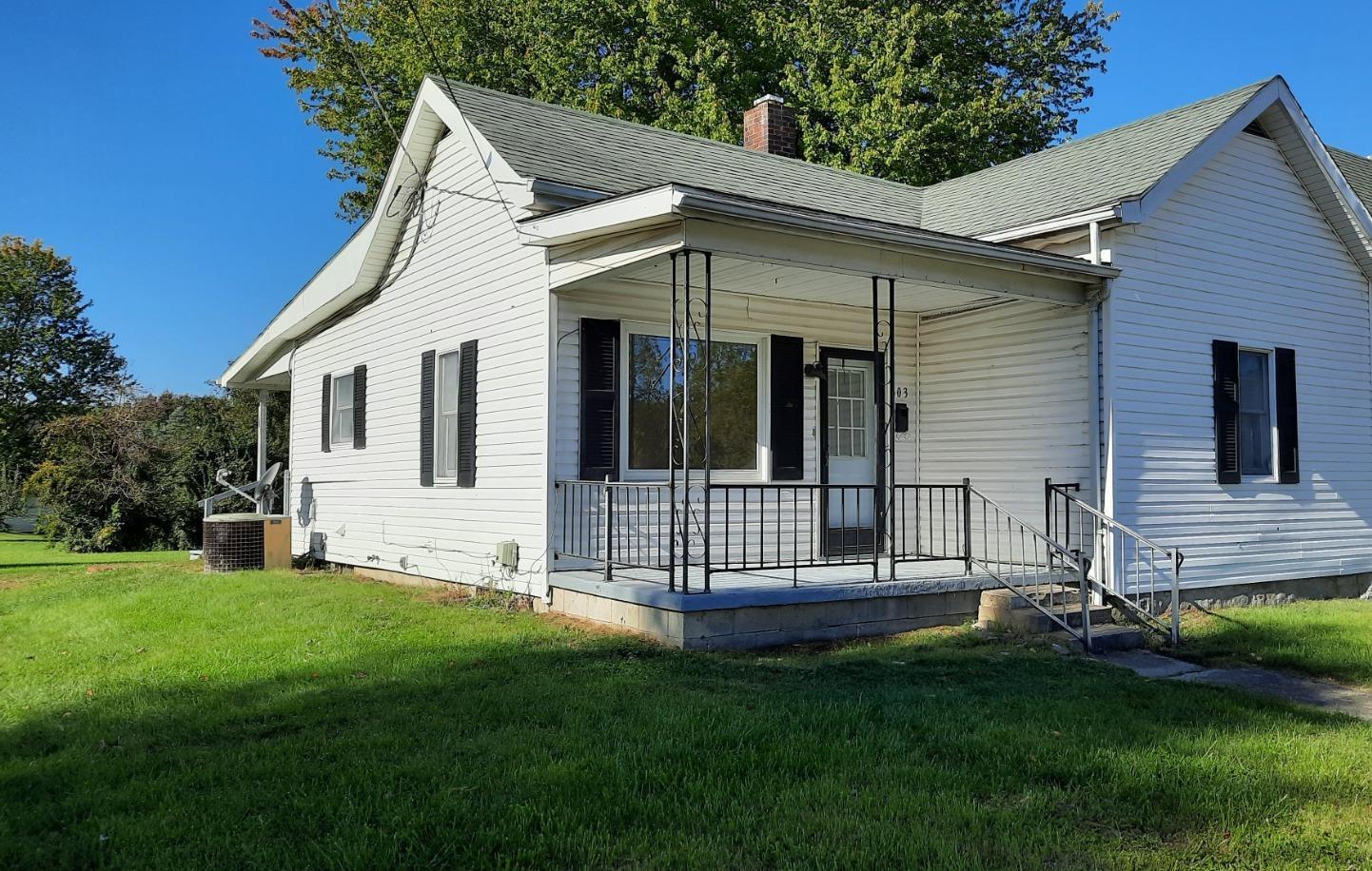 303 N Wright Street Property Photo