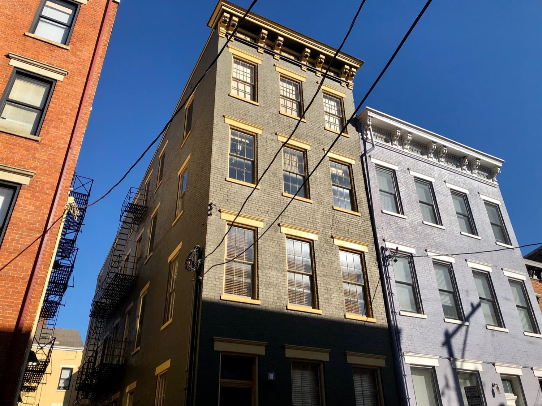 512 E Twelfth Street Property Photo