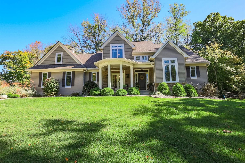 136 Ridgewood Drive Property Photo