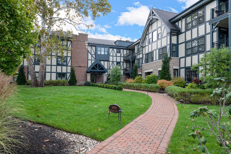 6901 Murray Avenue Property Photo 1