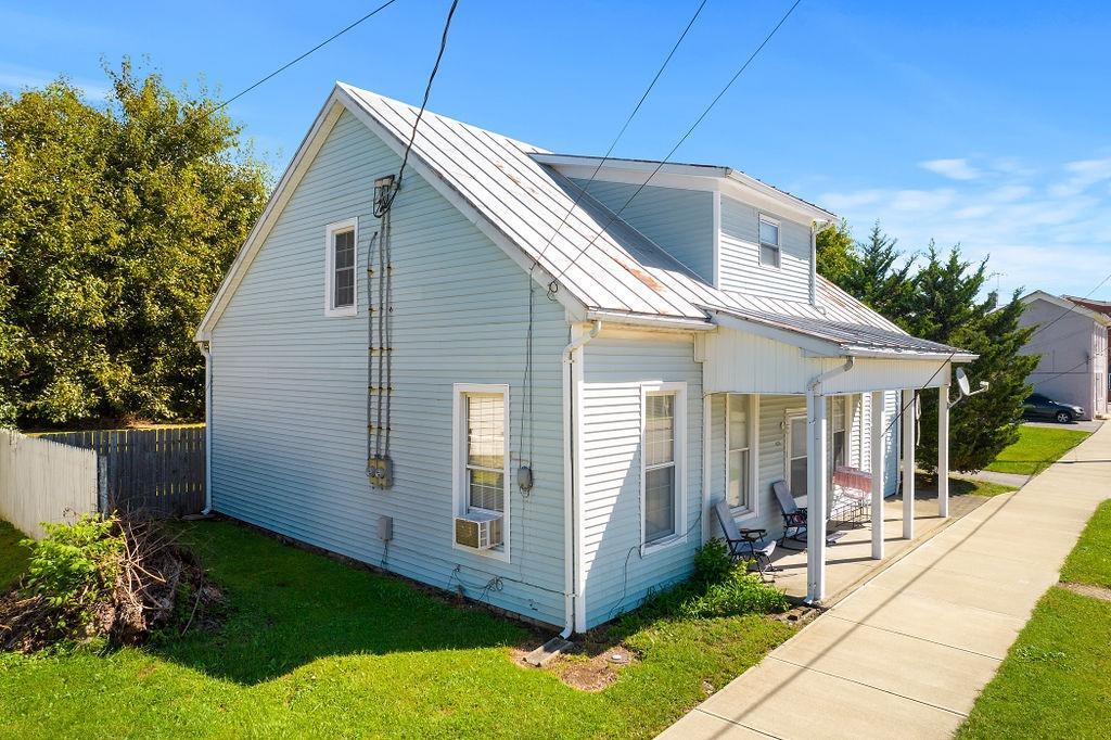 416 Walnut Street Property Photo
