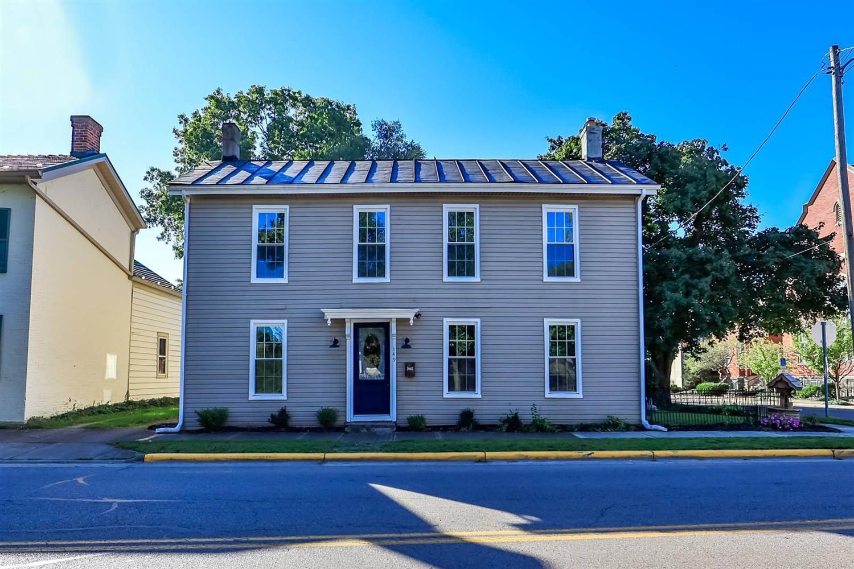 149 W Market Street Property Photo