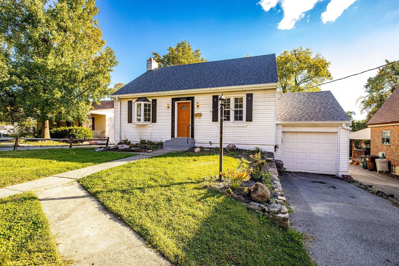 1632 Pasadena Avenue Property Photo