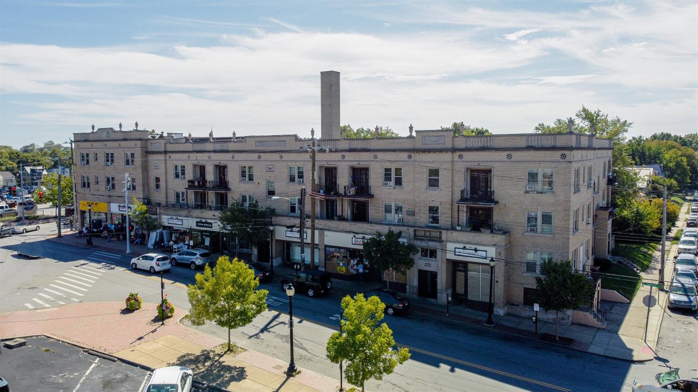 3701 St Lawrence Avenue Property Photo