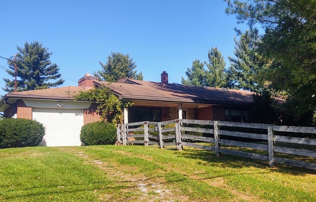 2658 Crane Schoolhouse Road Property Photo