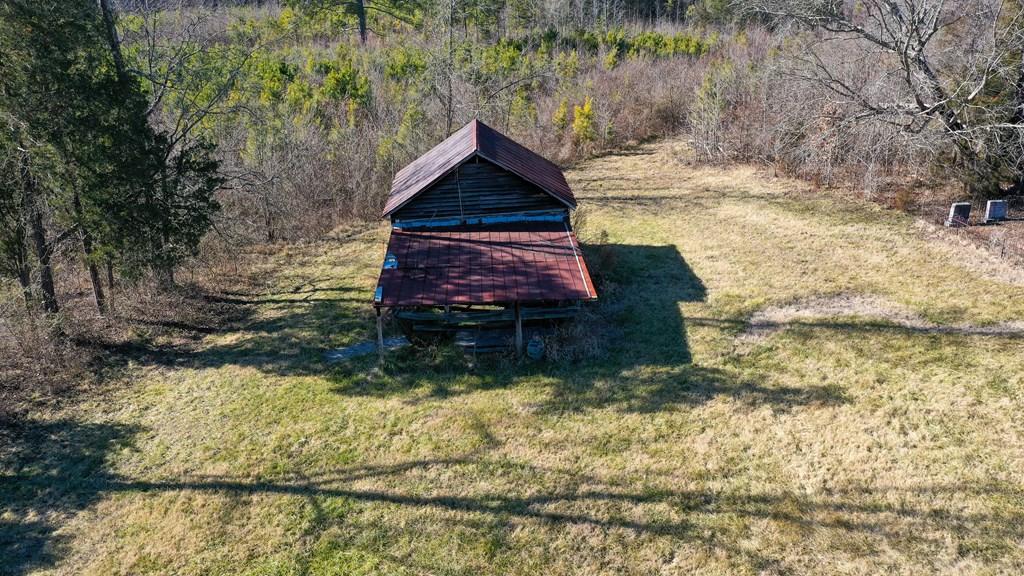 2100 Sandy Beach Road Property Photo 8