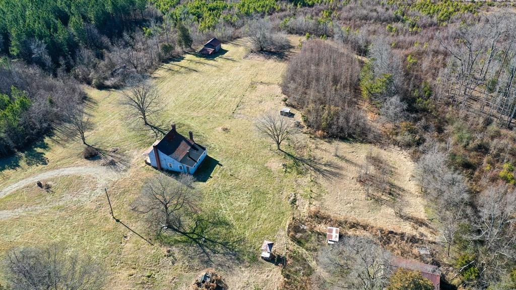 2100 Sandy Beach Road Property Photo 14