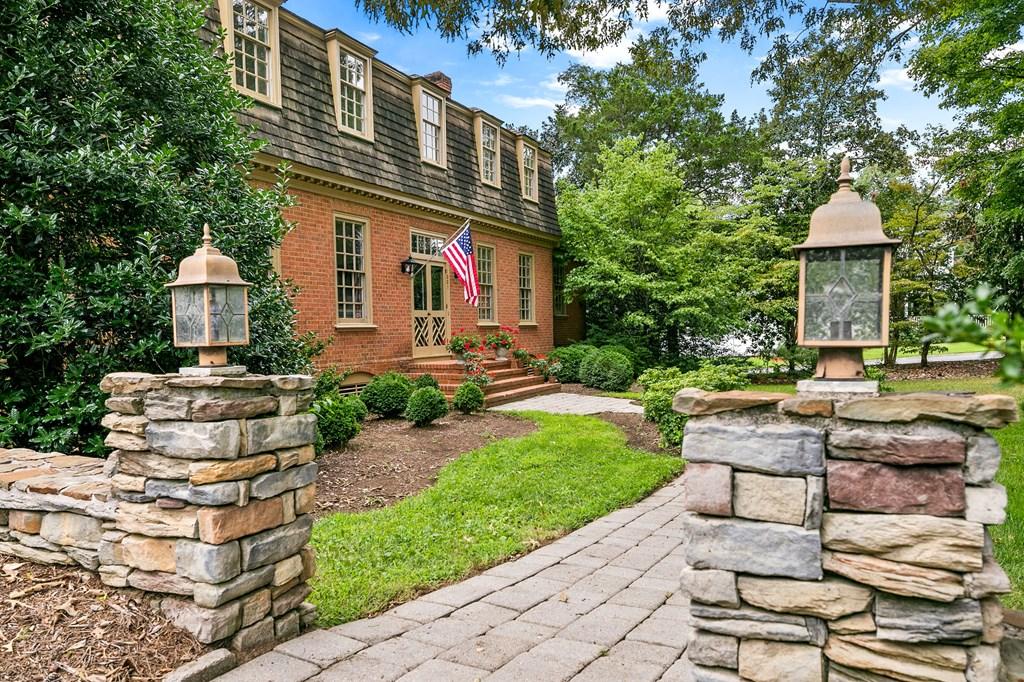 1005 Marshall Avenue Property Photo 2