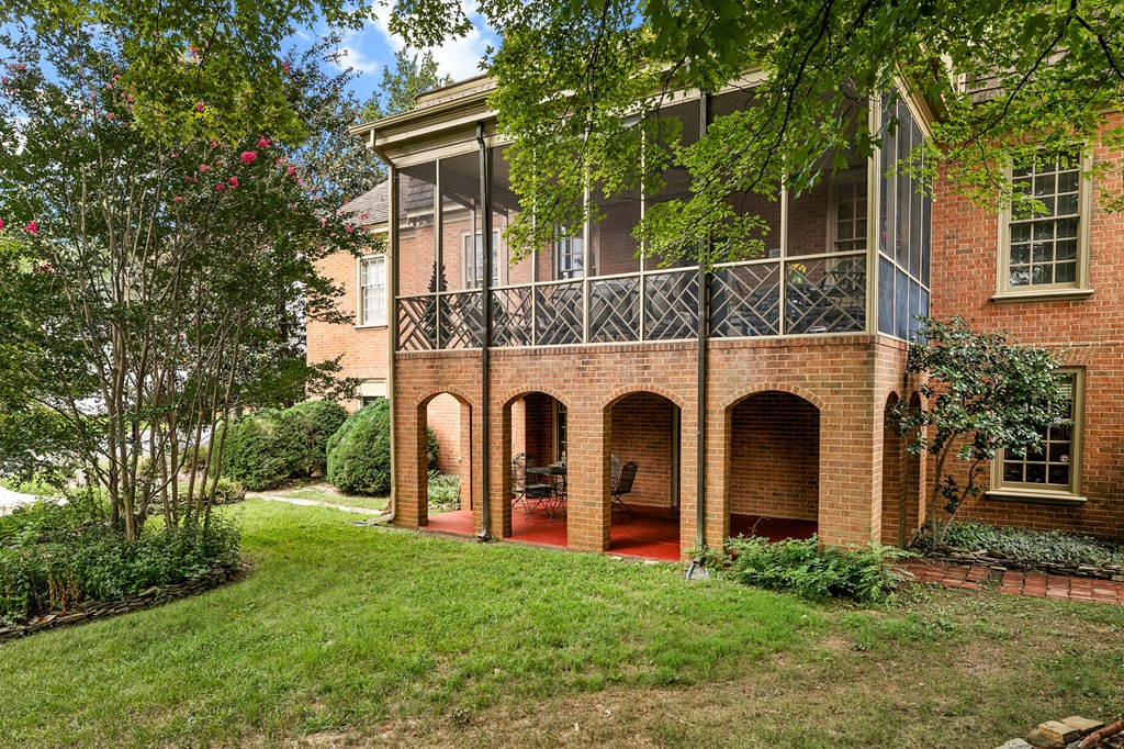 1005 Marshall Avenue Property Photo 43