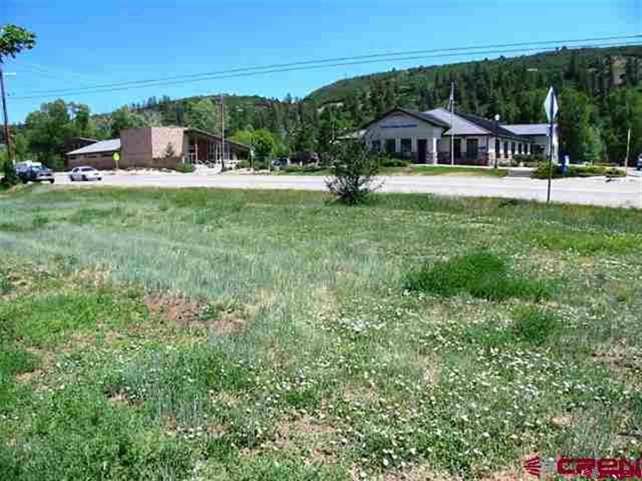 901 Railroad Ave. Property Photo