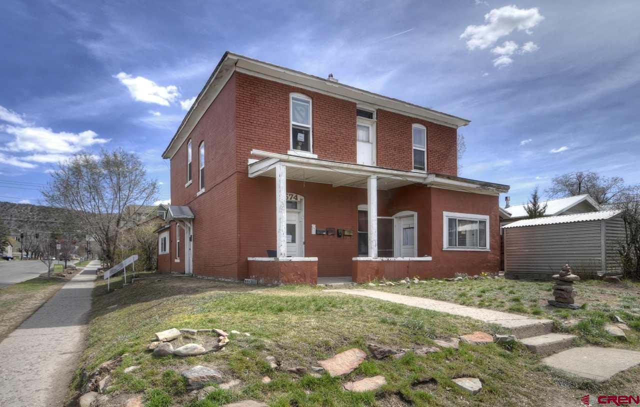 574 E 2nd Avenue Property Photo 1