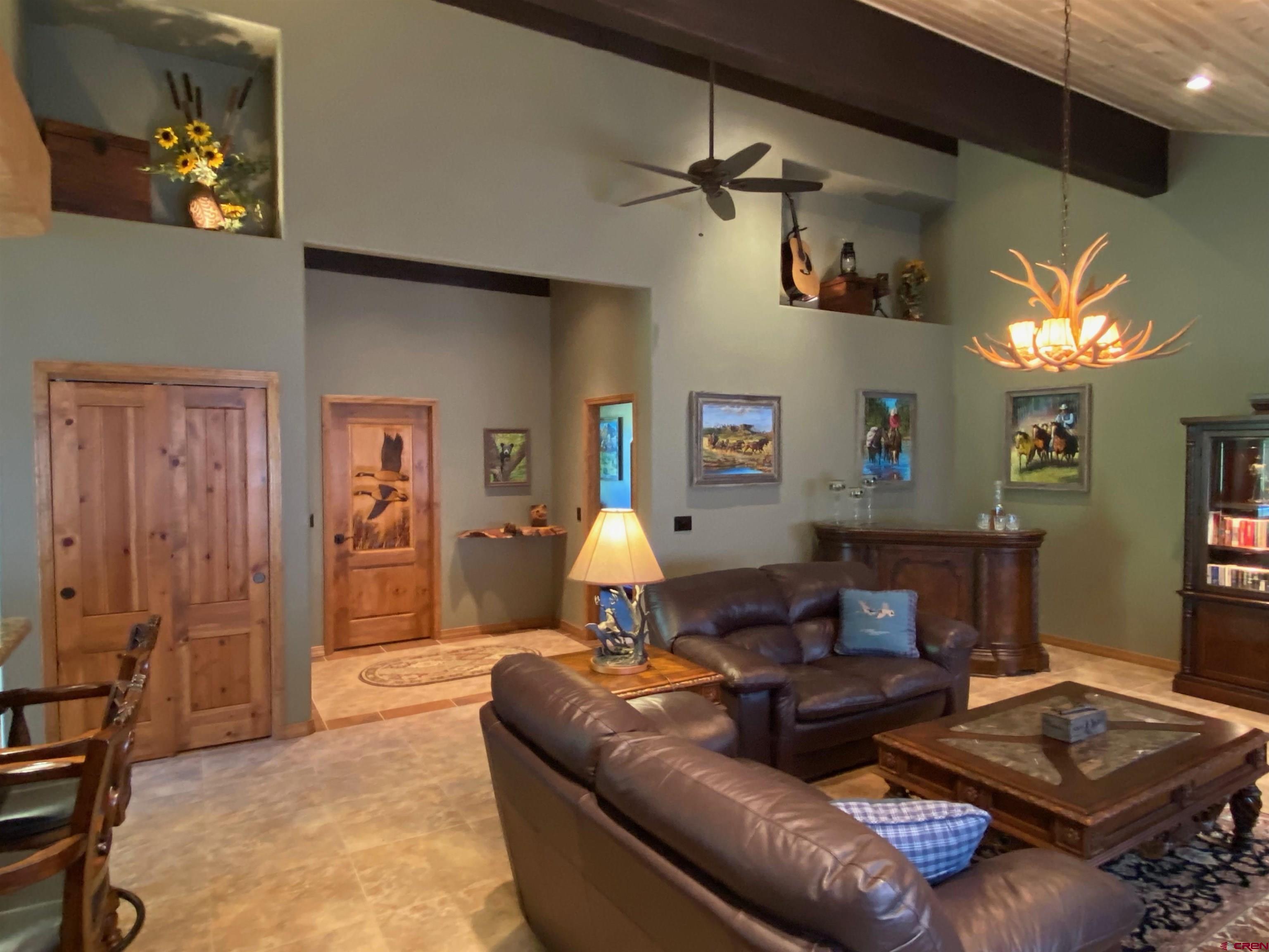 702 & 614 Jenni Lane Property Photo 31