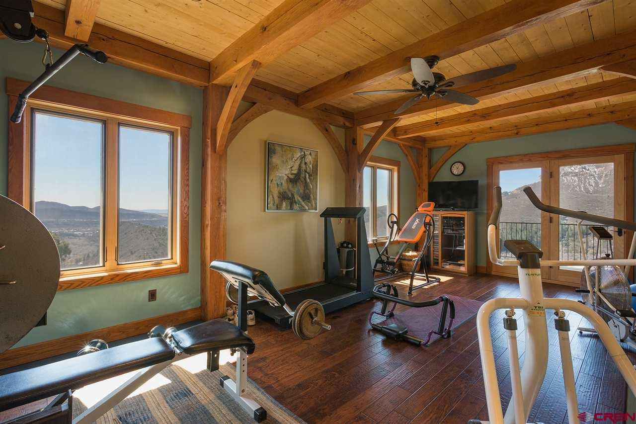 935 Mountain Memories Lane Property Photo 23