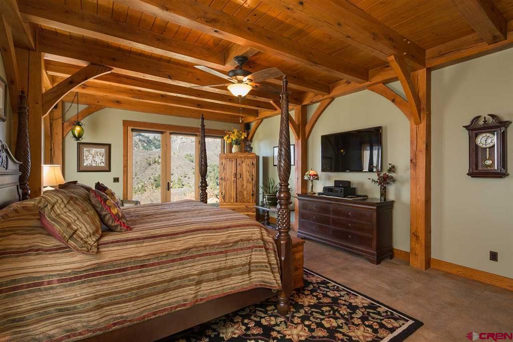 935 Mountain Memories Lane Property Photo 12
