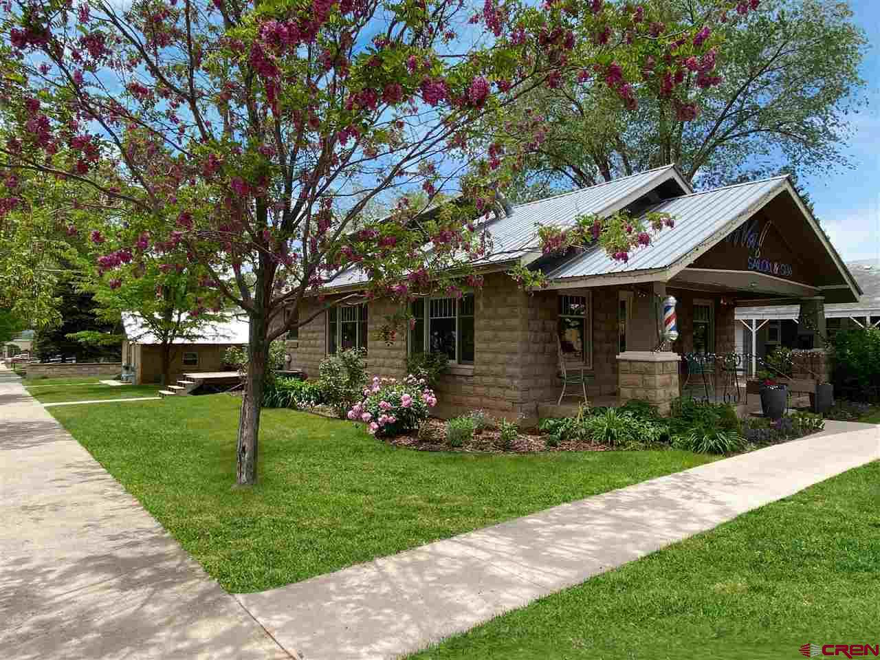 45 E Montezuma Avenue Property Photo 1