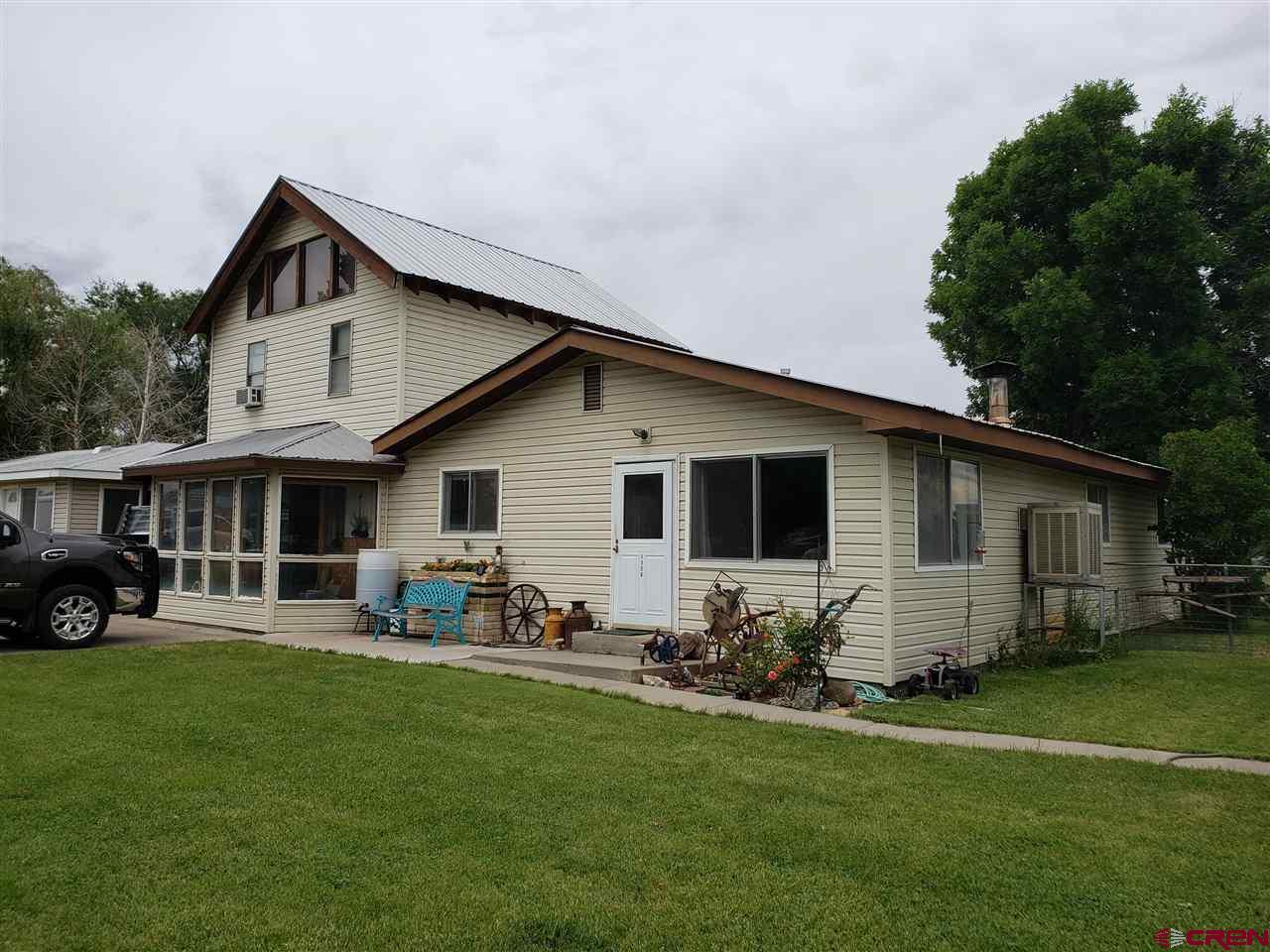 1128 Montana Street Property Photo