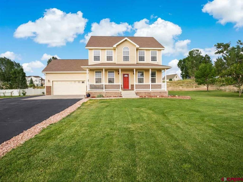 2251 Hill Street Property Photo 1