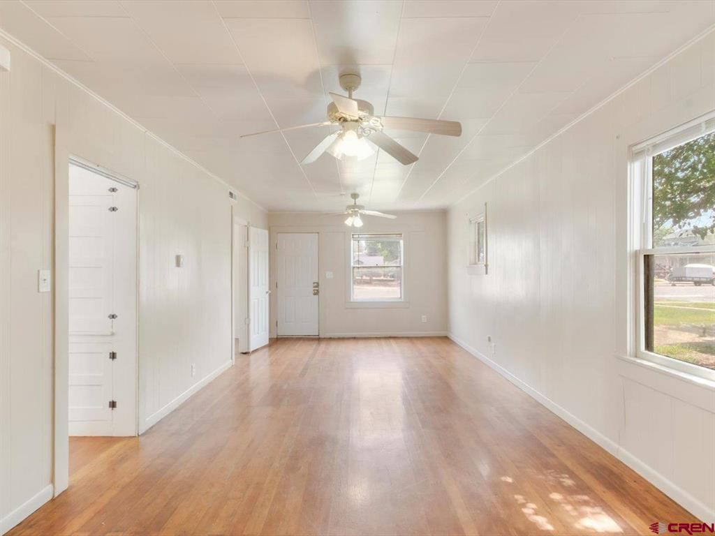 935 Meeker Street Property Photo 4