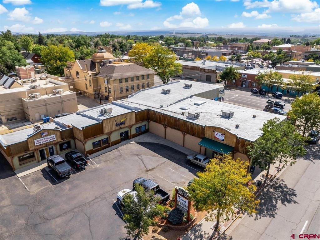 612 E Main Street Property Photo 1