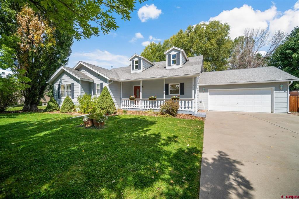 329 Meadows Circle Property Photo 1