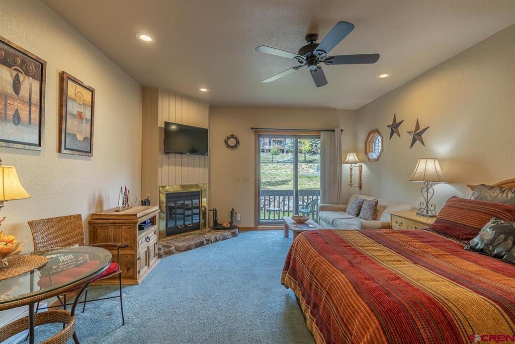 50827 N Highway 550 Property Photo 1