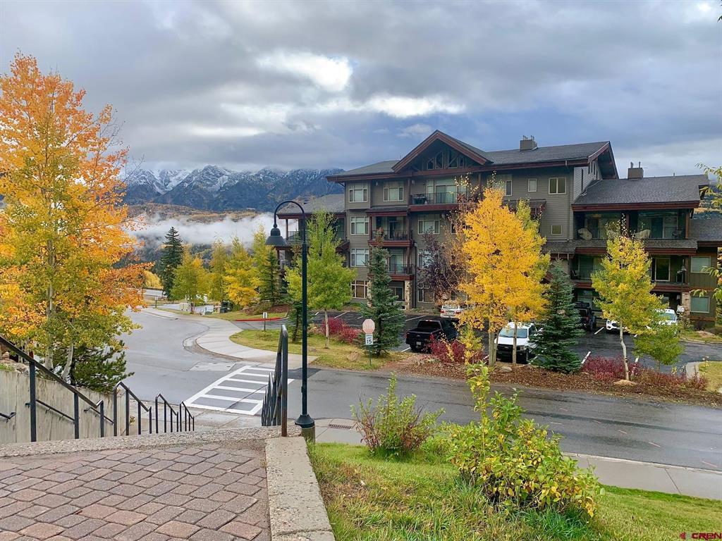545 Skier Place Property Photo 1