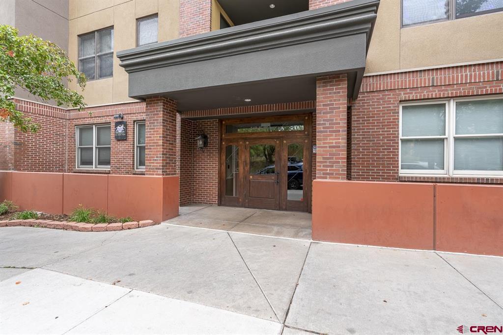 543 E 2nd Avenue Property Photo 1