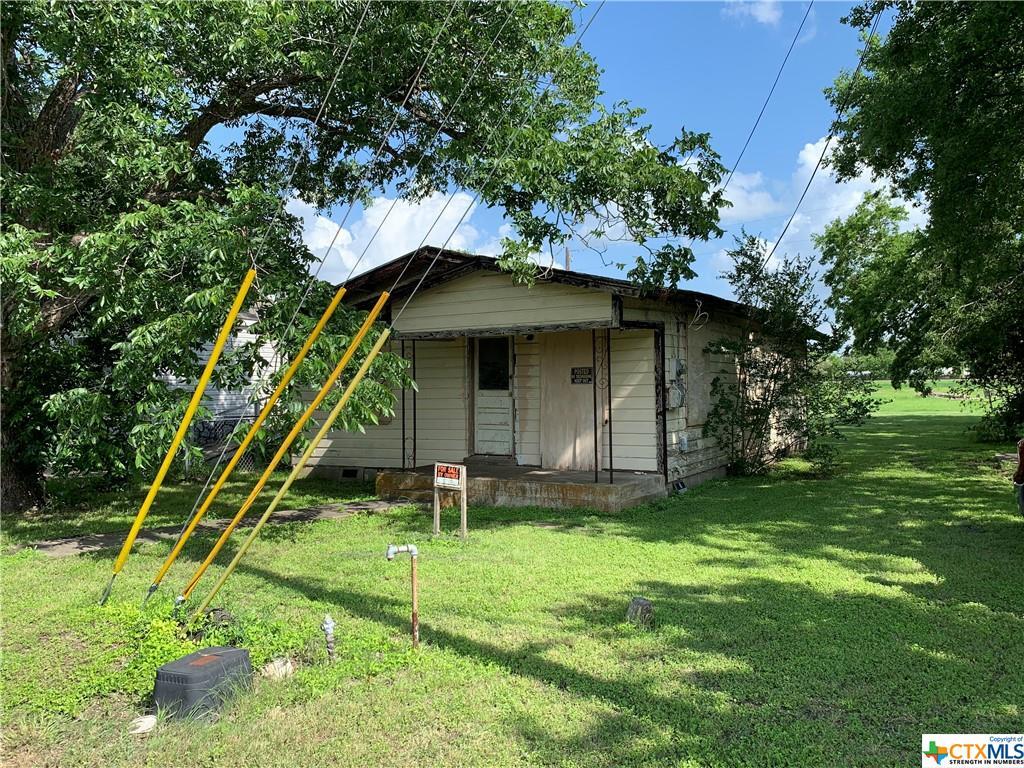 327 E Klein Street Property Photo 1