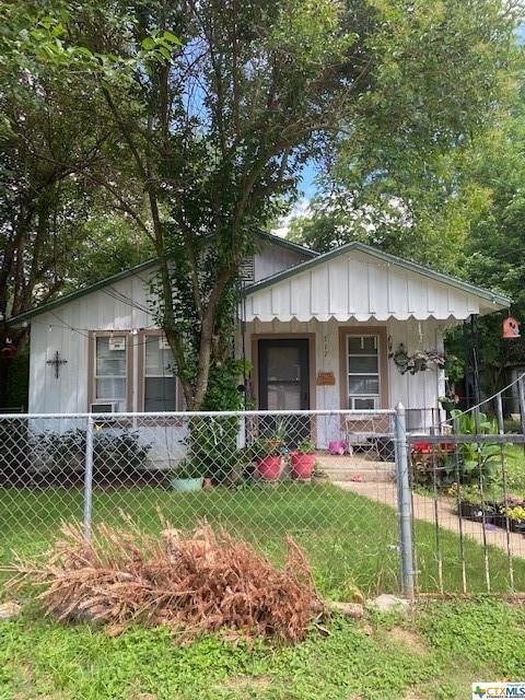517 Valley Street Property Photo 4