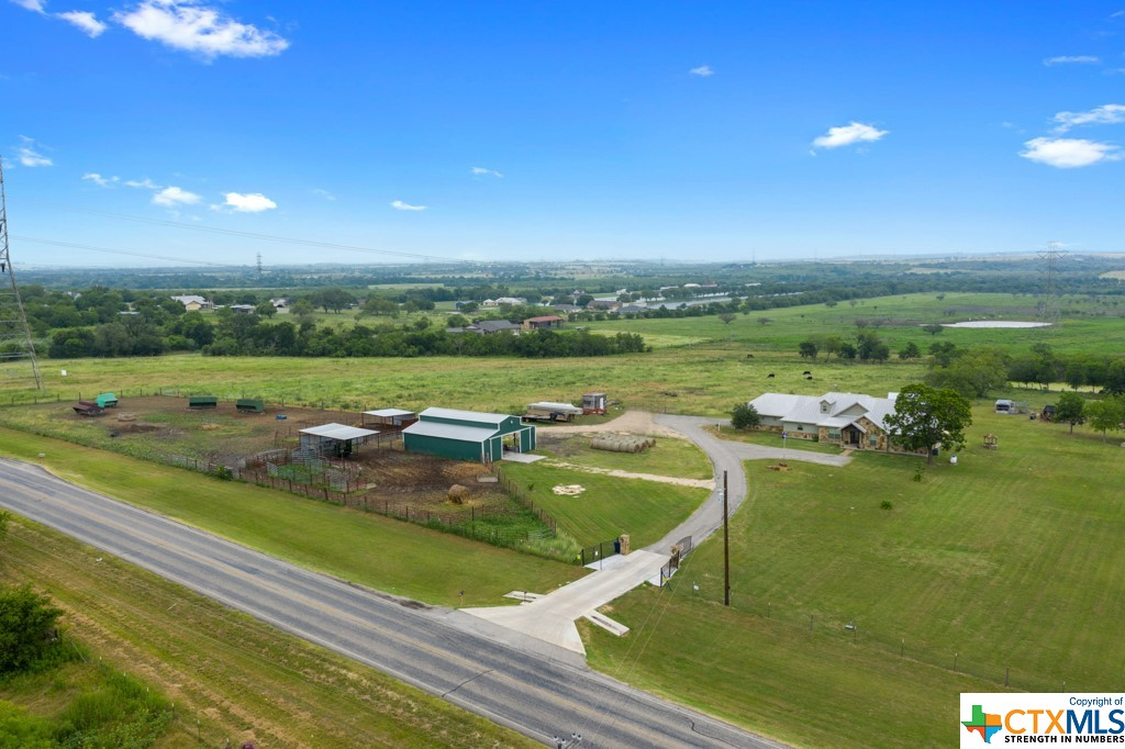 9761 Fm 1101 Property Photo 1
