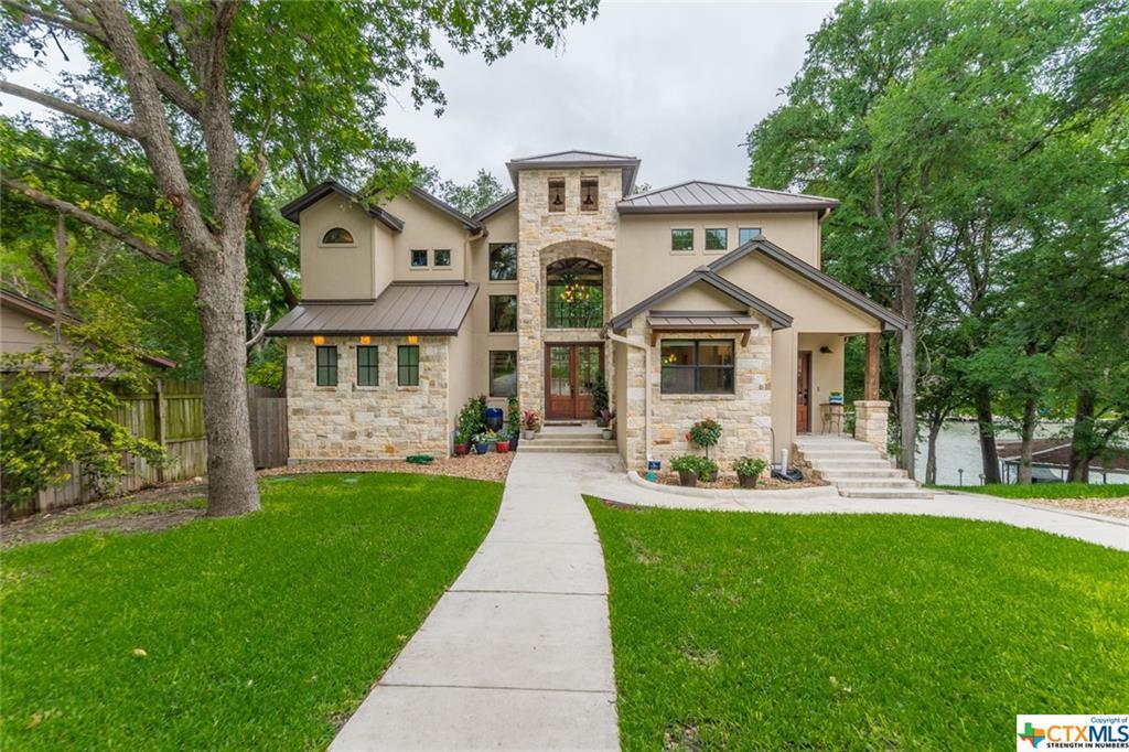 660 Three Oaks Road Property Photo 1