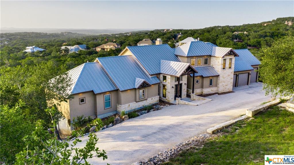 284 Champions Ridge Property Photo 1