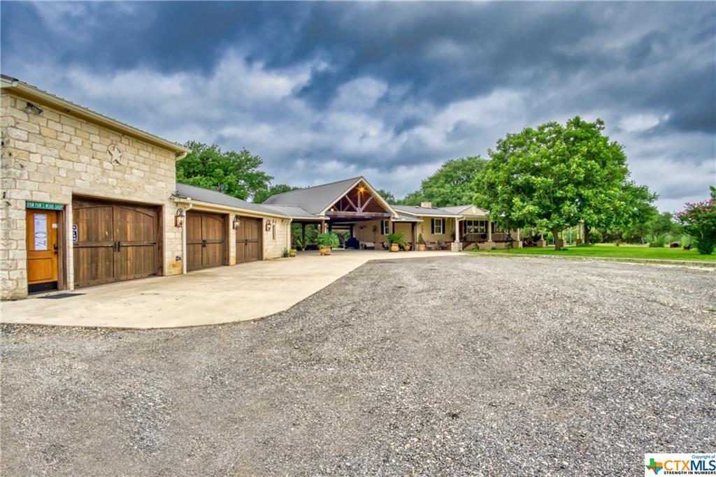 3095 Ranch Road 165 Ranch Road 165 Property Photo 1