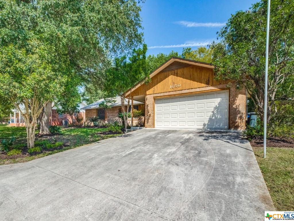 1650 Allison Drive Property Photo 4