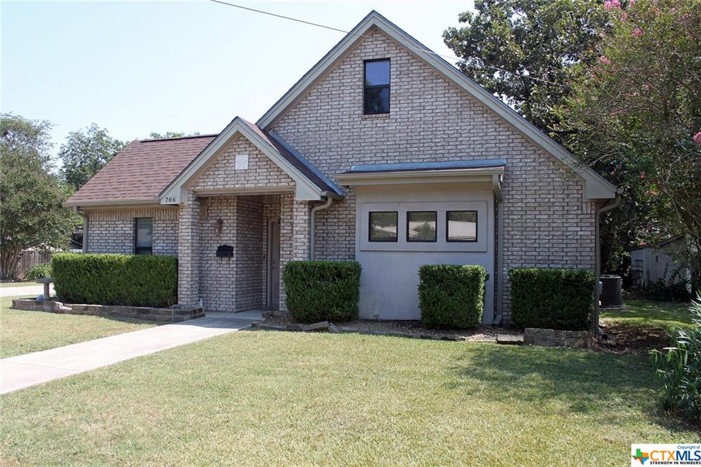 706 Plum Street Property Photo 1