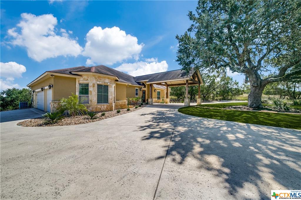 546 Rebecca Creek Road Property Photo 2