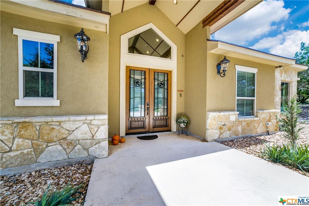 546 Rebecca Creek Road Property Photo 4