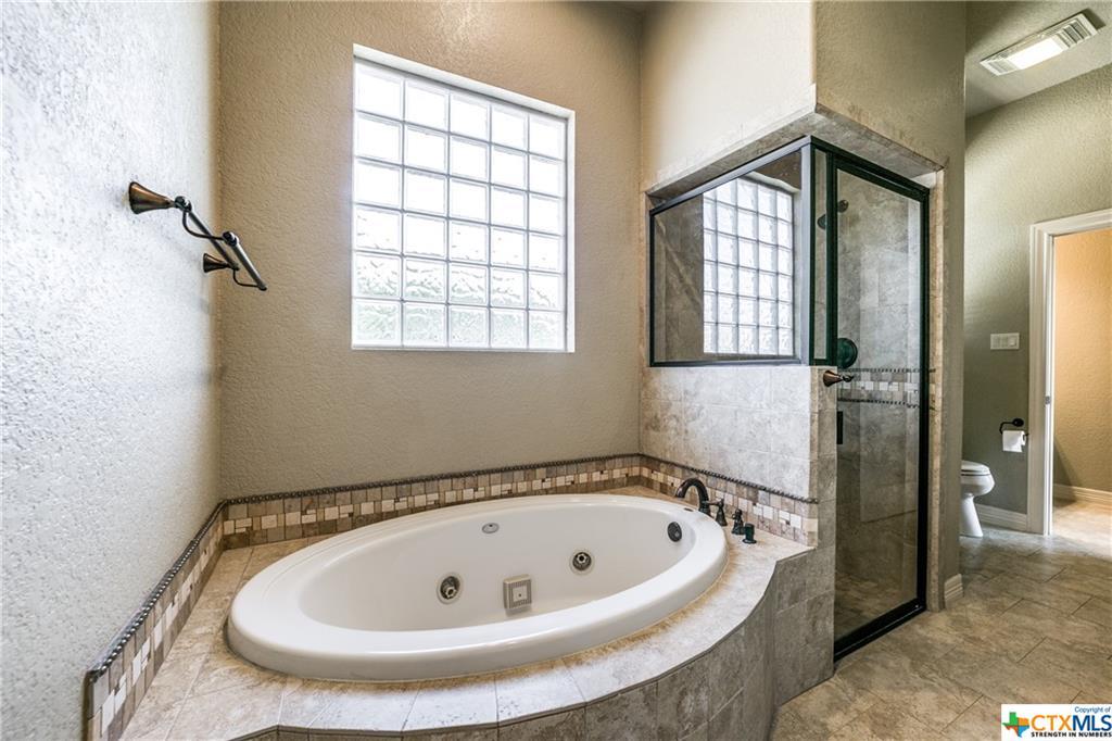 546 Rebecca Creek Road Property Photo 20